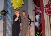 Директор Гуманитарного центра Л.А. Пронина и директор ЦБС Н.А. Кустова